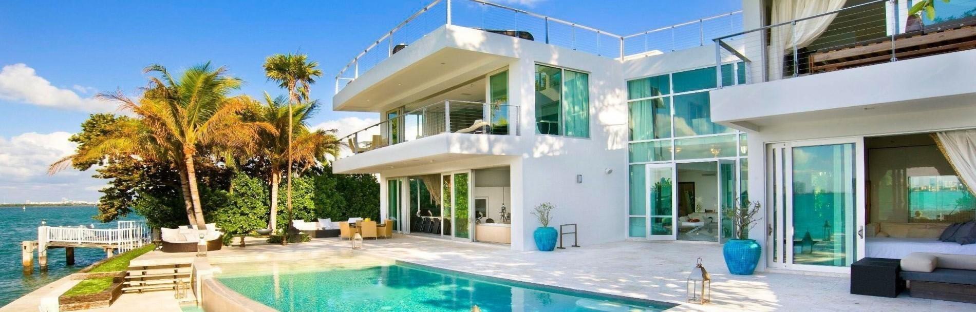 Location vacances location saisonni re chambres d 39 h tes b b en euro - Villa de luxe etats unis ...