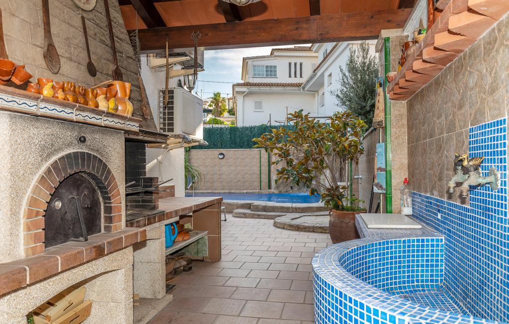 Location maison vacances avec piscine priv e barcelone - Location maison avec piscine barcelone ...