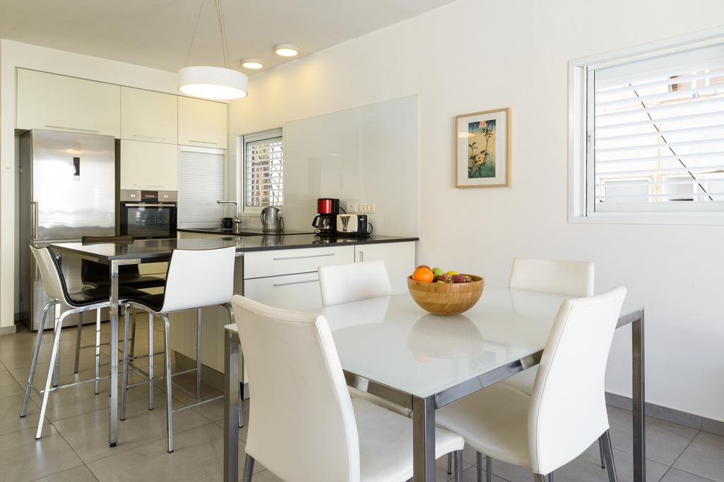 israel location vacances appartement tel aviv. Black Bedroom Furniture Sets. Home Design Ideas