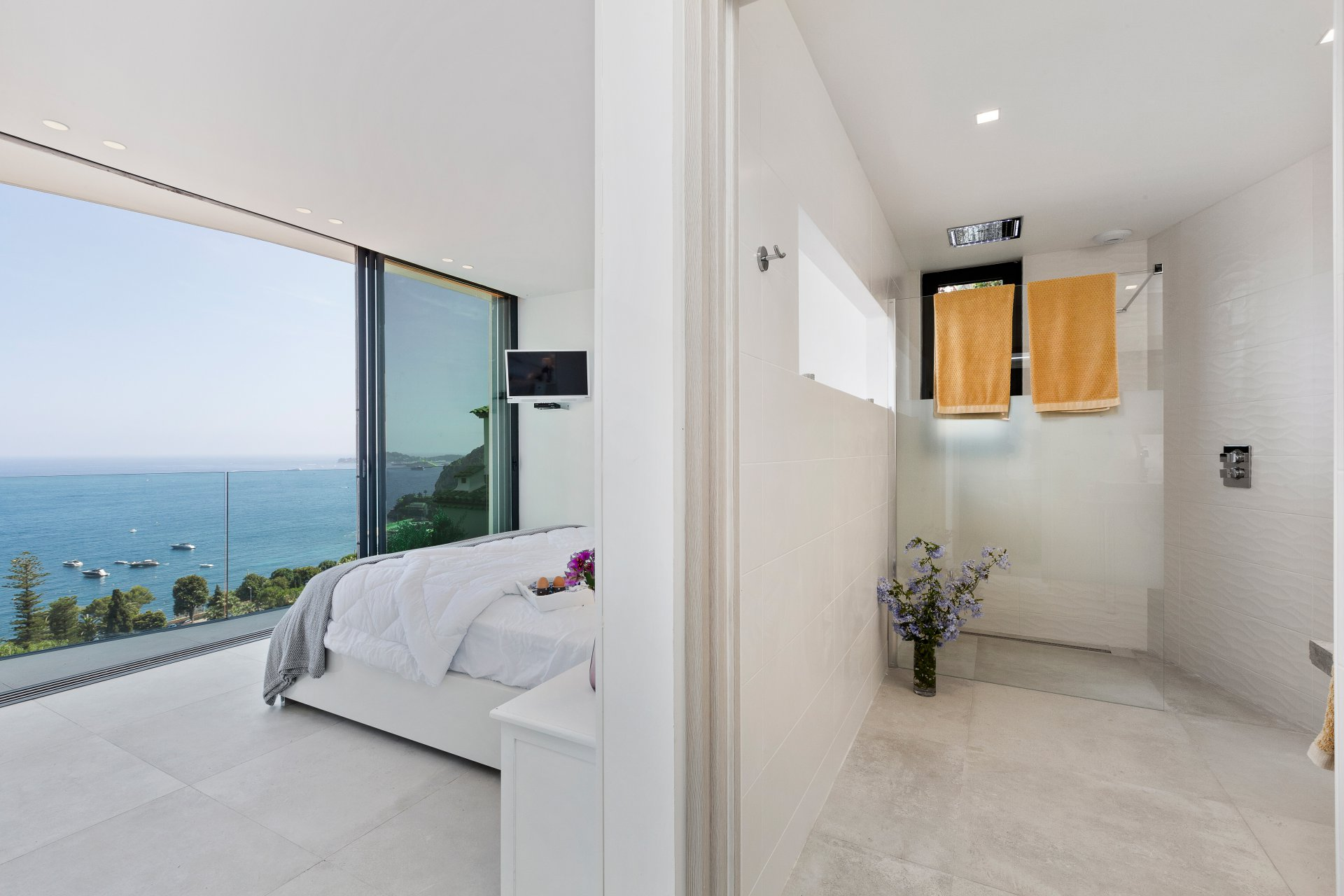 Location villa de luxe cote d azur eze entre nice et monaco proche for Location villa