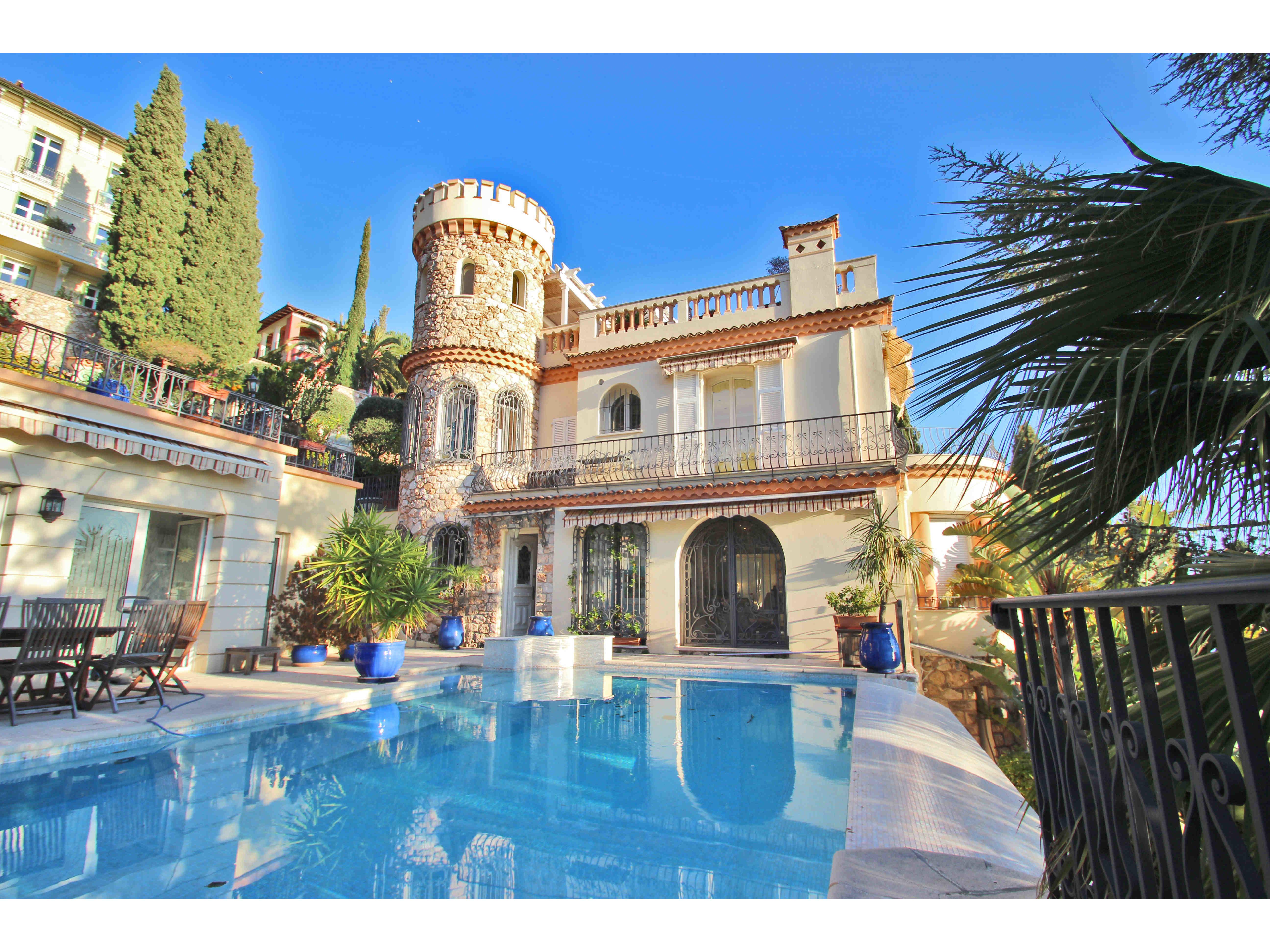 location villa de luxe à roquebrune cap martin proche de monaco