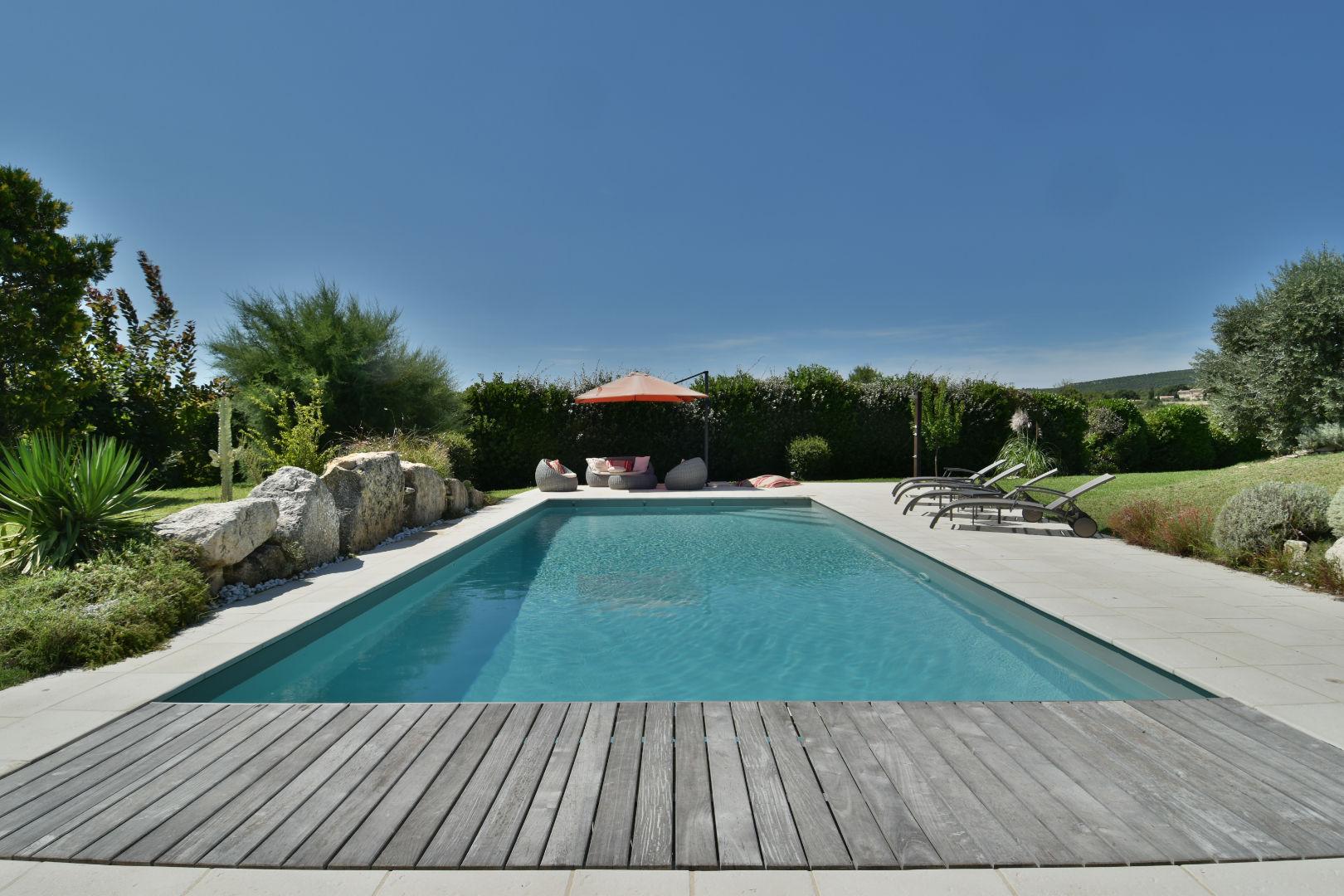 location maison luxe luberon avec piscine ventana blog