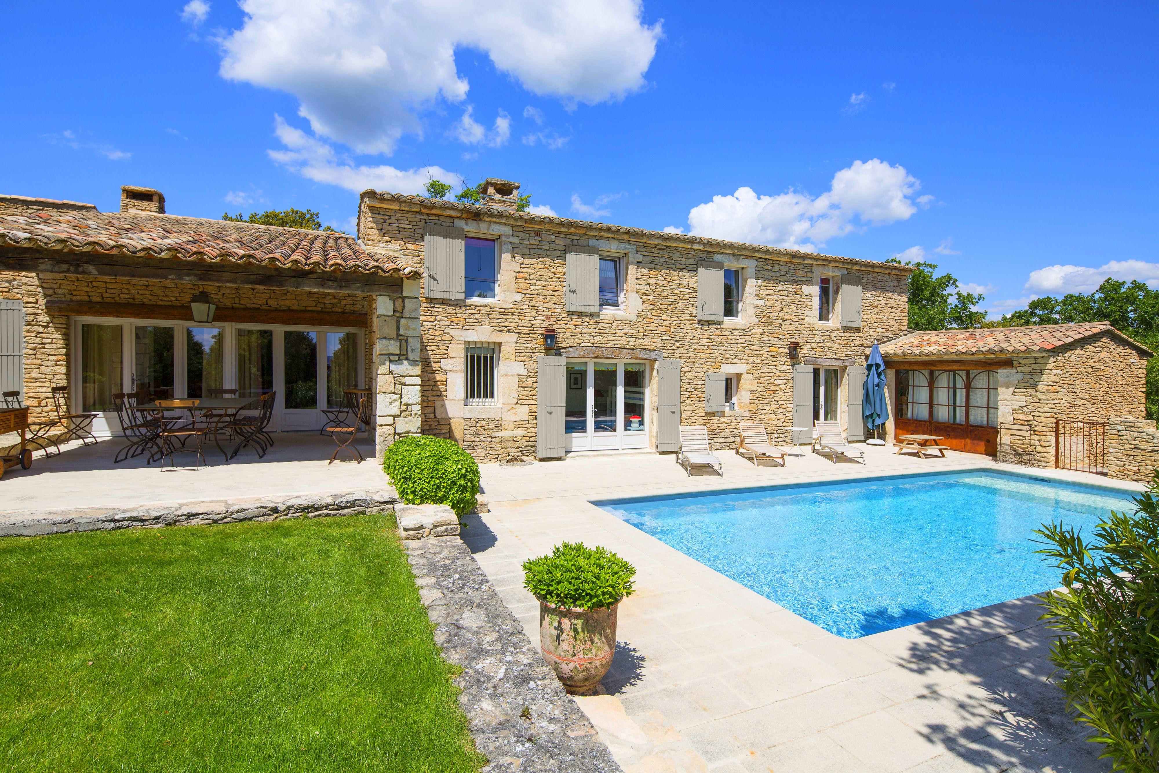 Provence location villa luxe luberon avec piscine privee - Location maison avec piscine luberon ...