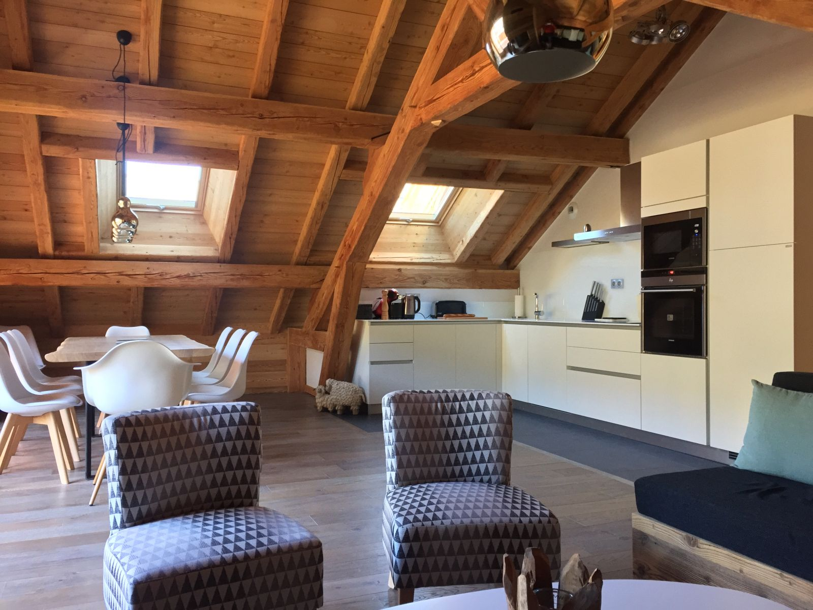 Location appartement luxe serre chevalier pied des pistes for Appartement luxe