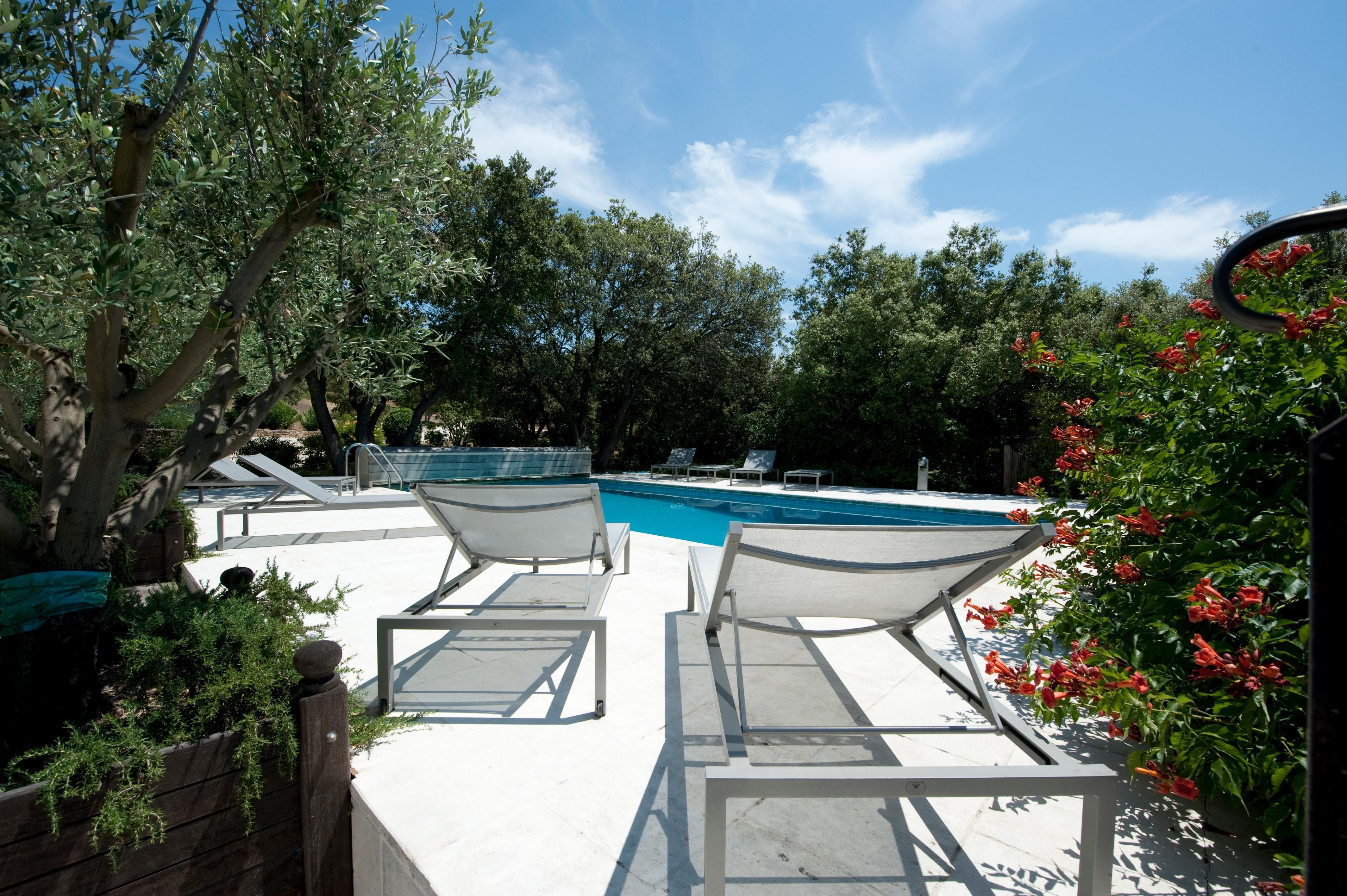 Provence location villa luberon avec piscine privee - Location luberon piscine ...