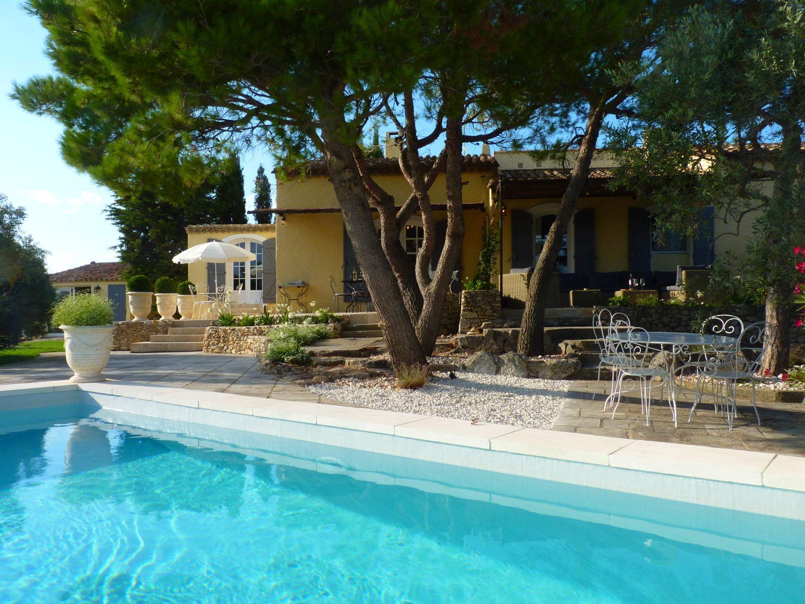 Location villa luxe saint remy de provence avec piscine - Villa piscine privee ...