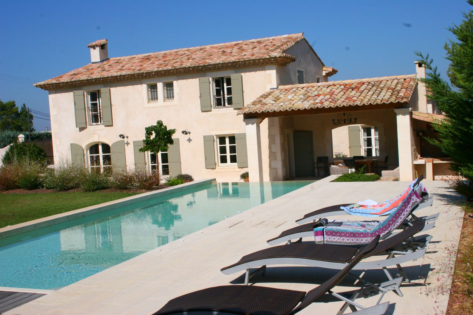 Location villa luxe saint remy de provence avec piscine privee - Villa piscine privee ...