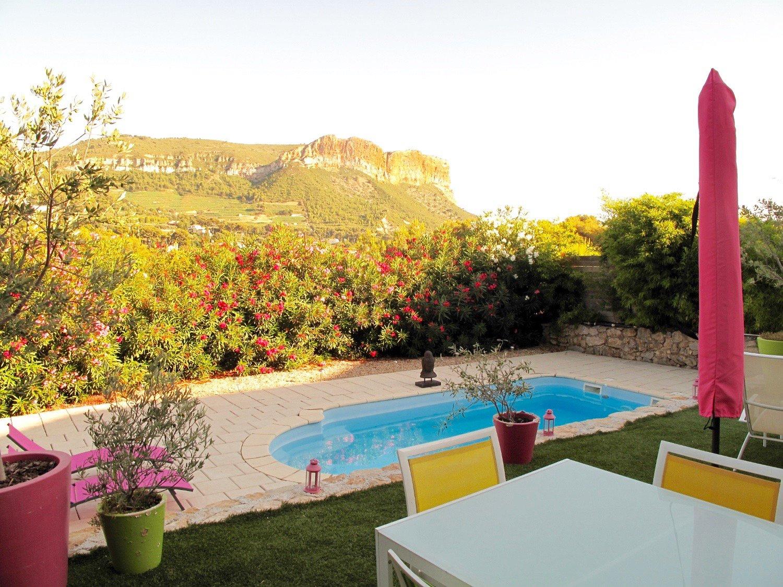 cassis cap canaille location villa provence bord de mer avec piscine privee