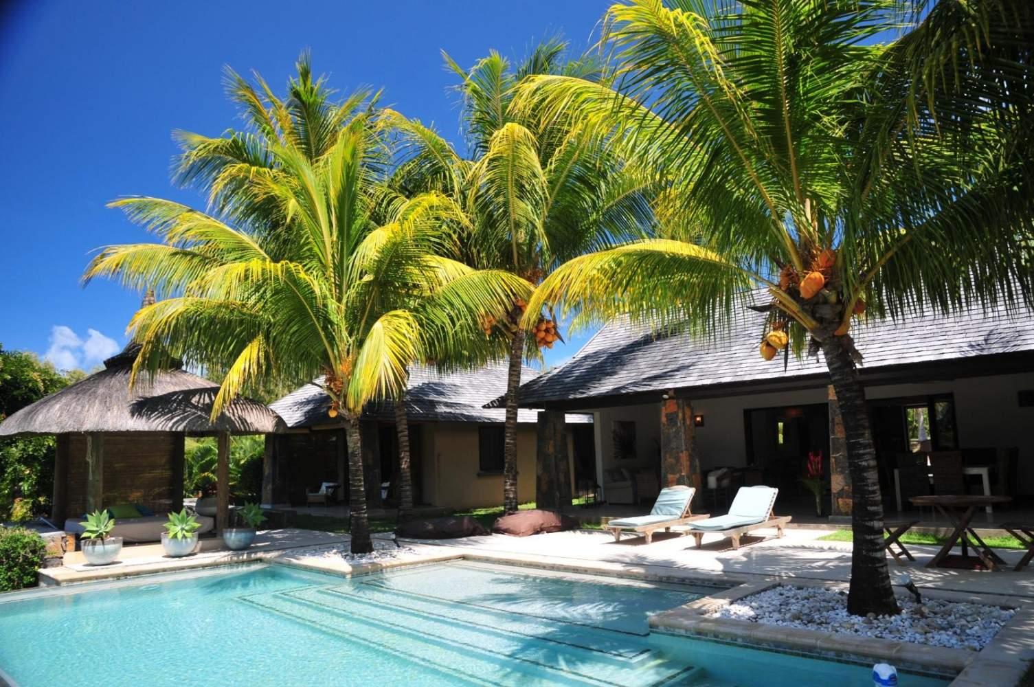 Location villa hammamet avec piscine priv e et vue mer en for Recherche villa avec piscine
