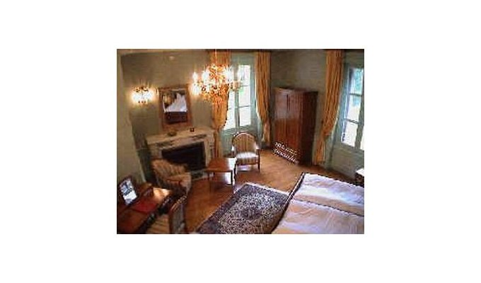 Chambres d 39 hotes chateau sud bourgogne chambres d 39 hotes chateau sud - Chambre et table d hote bourgogne ...