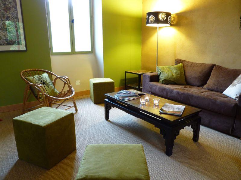 Tarn et garonne location vacances bruniquel chambres d for Chambre d hotes tarn et garonne