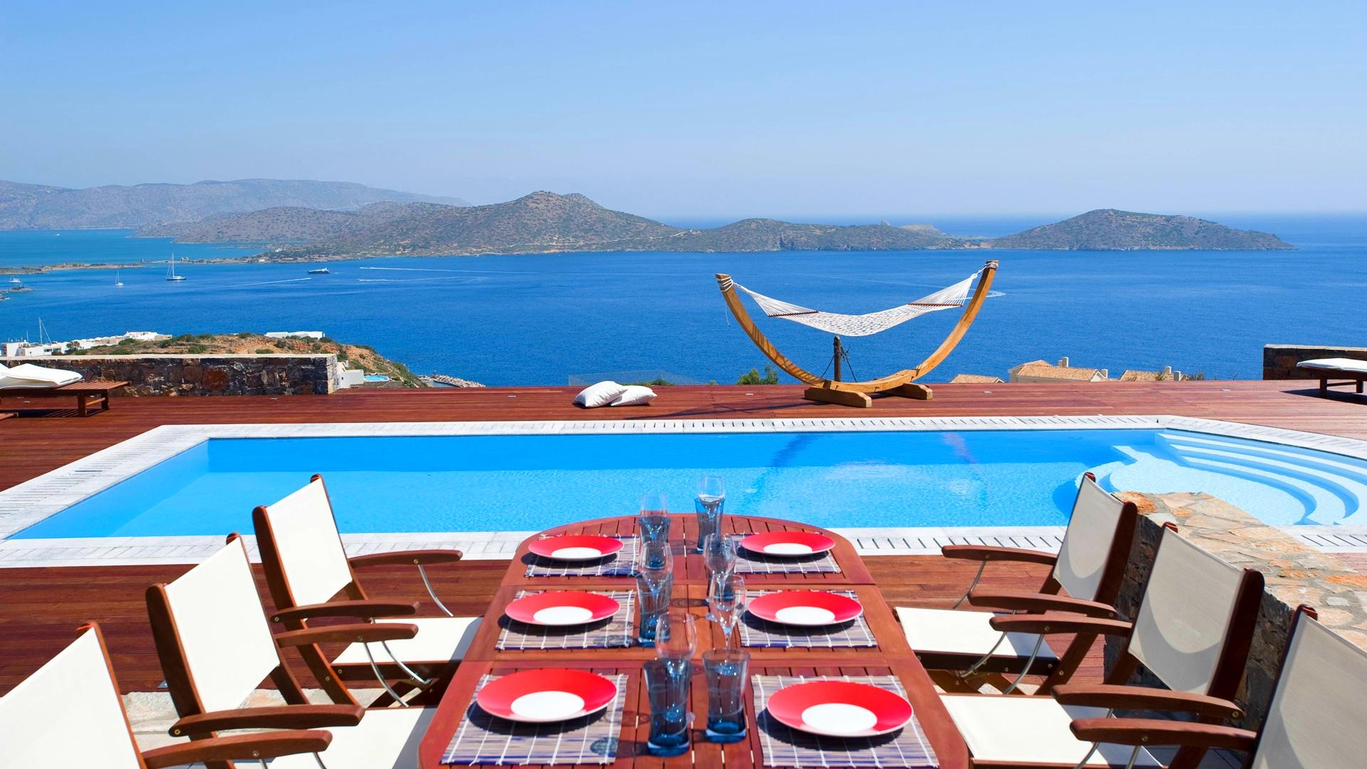 Grece location vacances villa crete elounda for Villa espagne piscine bord de mer