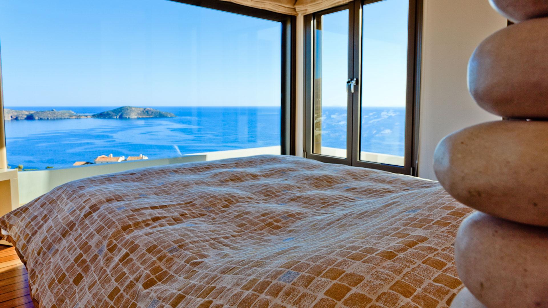 ... Location Villa De Luxe Crete, Villa Avec Piscine Privée à Proximité Du  Bord De Mer ...