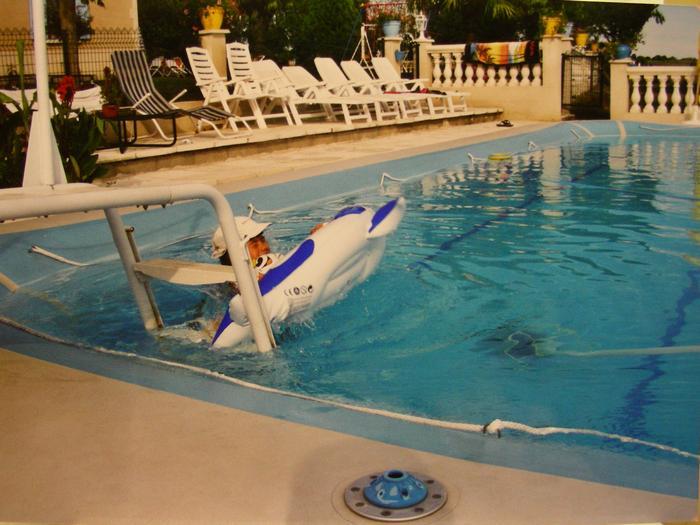 Aquitaine lot et garonne location vacances avec piscine agen for Camping lot et garonne avec piscine