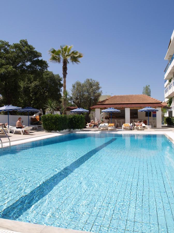 Grece ile de rhodes hotel nathalie ixia rhodes reservation for Piscine ile bleue seynod