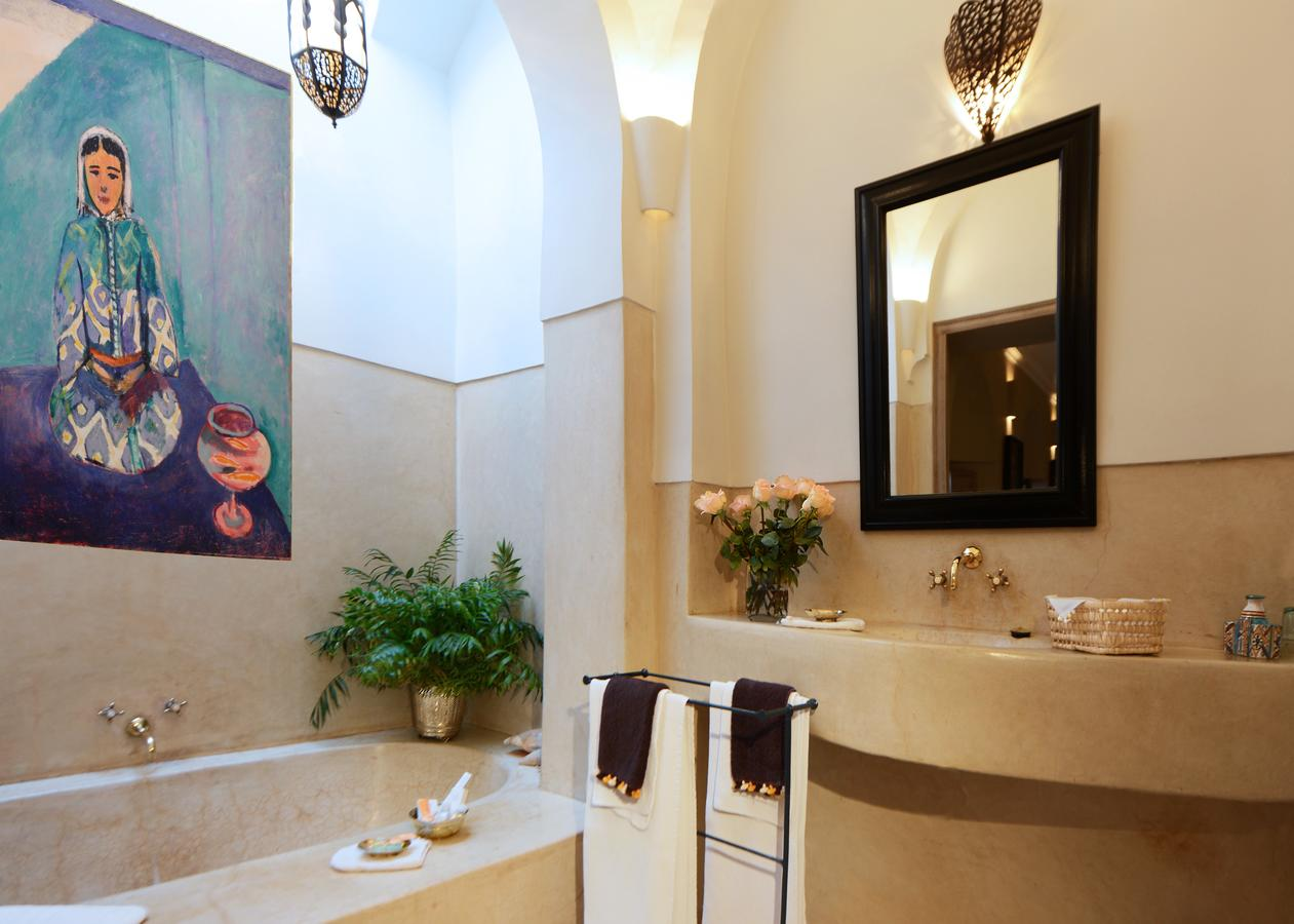 Location riad marrakech en exclusivit pour 20 personnes for Riad a marrakech avec piscine