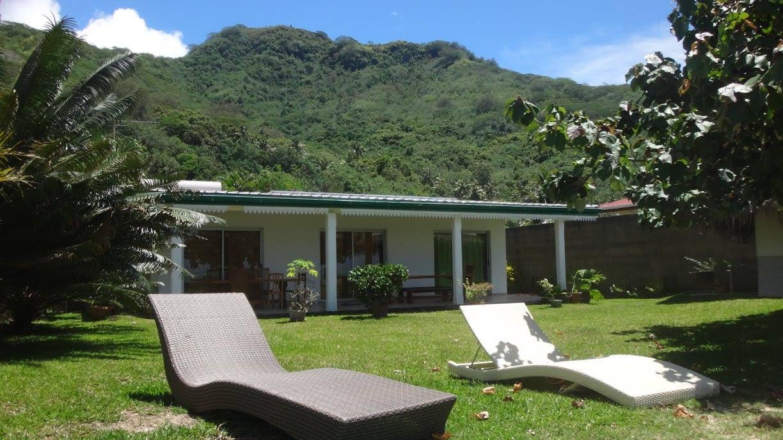 Location de maison en bord de plage bungalow a moorea for Location de maison