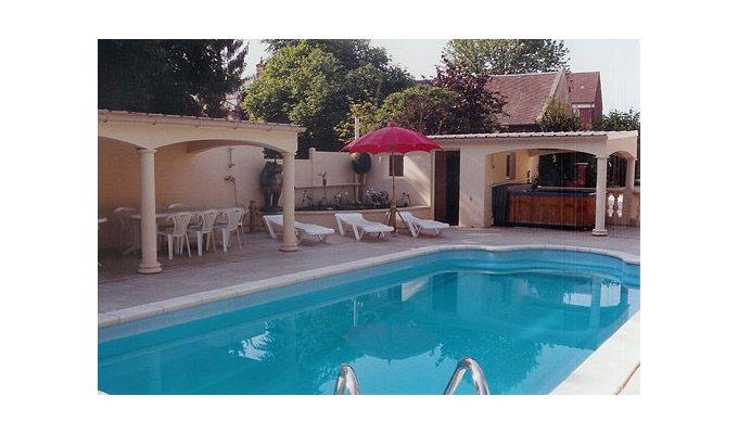 picardie paris location chateau seminaires reunions famille receptions. Black Bedroom Furniture Sets. Home Design Ideas