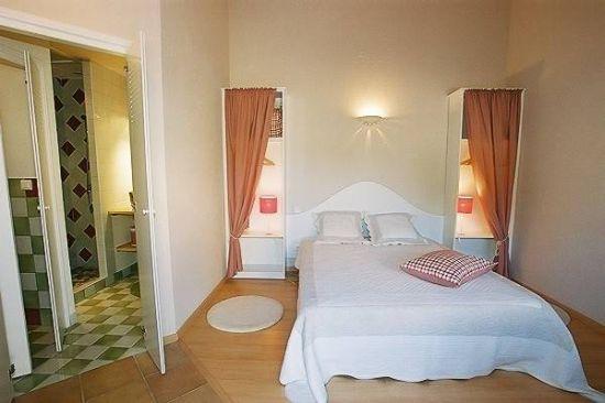 aveyron location vacances millau chambres d 39 hotes aveyron. Black Bedroom Furniture Sets. Home Design Ideas