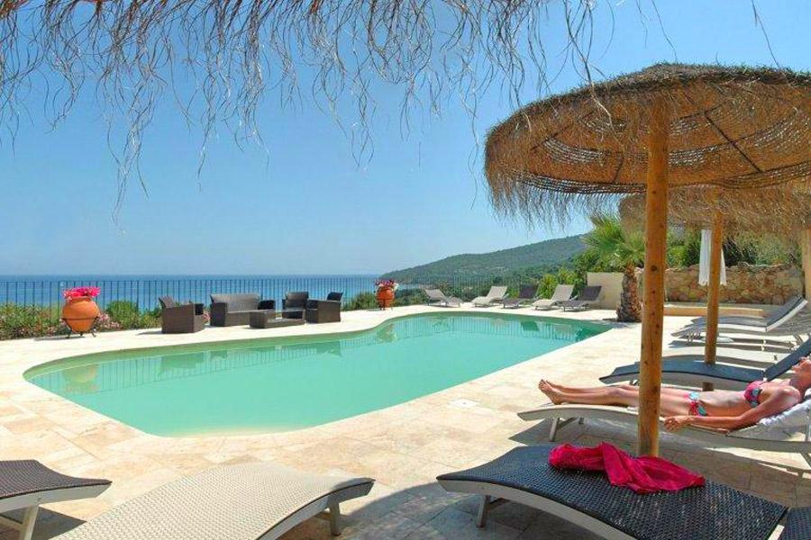 Location mini villas porto vecchio 250 m de la mer en for Residence porto vecchio avec piscine