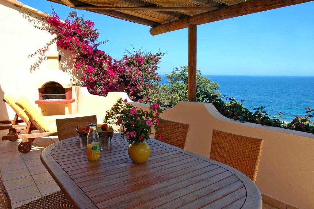location mini villas porto vecchio 250 m de la mer en residence. Black Bedroom Furniture Sets. Home Design Ideas