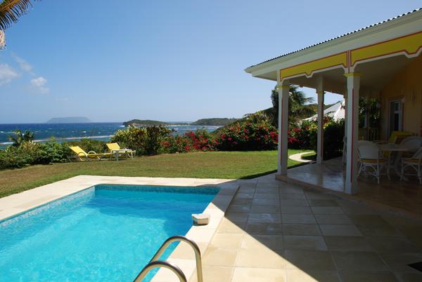 antilles francaises location villa avec piscine guadeloupe st francois. Black Bedroom Furniture Sets. Home Design Ideas