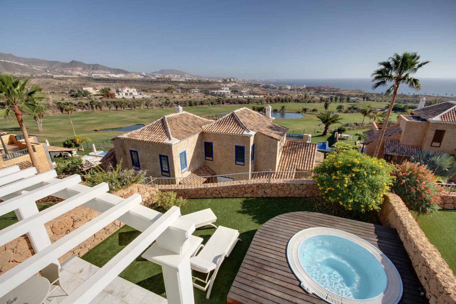 Iles canaries tenerife location vacances villa costa adeje - Jardin caleta tenerife sur ...