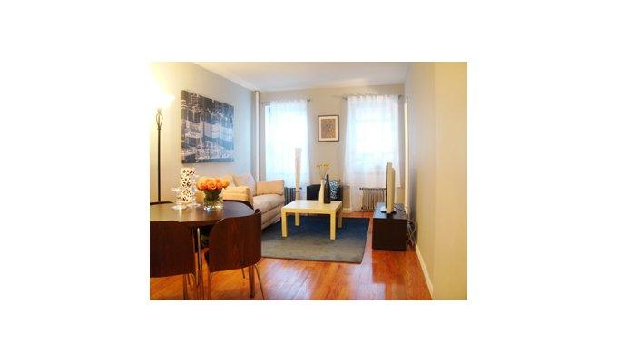 new york location vacances appartement manhattan. Black Bedroom Furniture Sets. Home Design Ideas