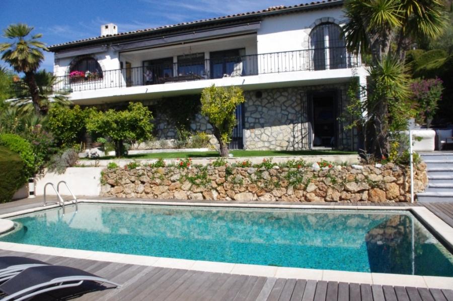 Location villa avec piscine vence sur la cote d 39 azur - Location cote d azur avec piscine ...