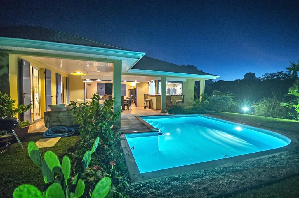 Location villa martinique le diamant avec piscine priv e for Villa piscine martinique