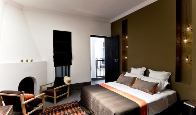 Chambres d 39 h tes m dina marrakech en riad avec piscine for Chambre d artisanat marrakech