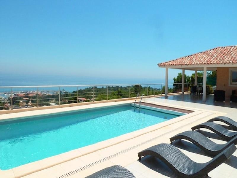corse location vacances location villa corse chambres d 39 hotes corse. Black Bedroom Furniture Sets. Home Design Ideas