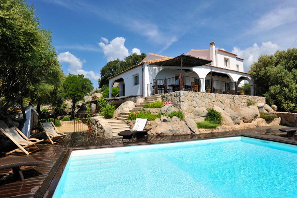 Location vacances villa de standing porto vecchio 8 pers climatisee for Location luxe vacances