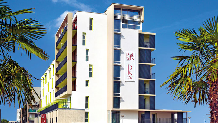 appart hotel tours offrant des appartements avec services. Black Bedroom Furniture Sets. Home Design Ideas
