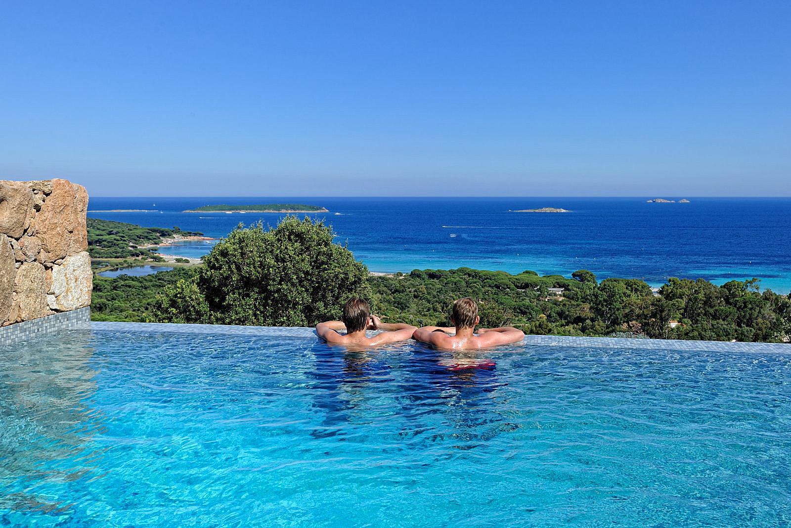 Location Vacances Villa Porto Vecchio Piscine Privee Jacuzzi Vue  Panoramique Sur La Mer En Corse ...