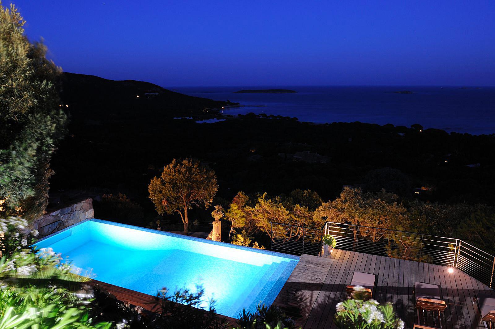 Location villa porto vecchio piscine privee jacuzzi plage - Location villa avec piscine en corse ...