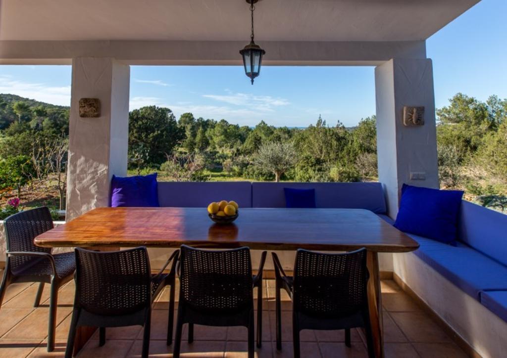 Location villa ibiza piscine priv e bord de mer cala - Location villa espagne piscine privee ...