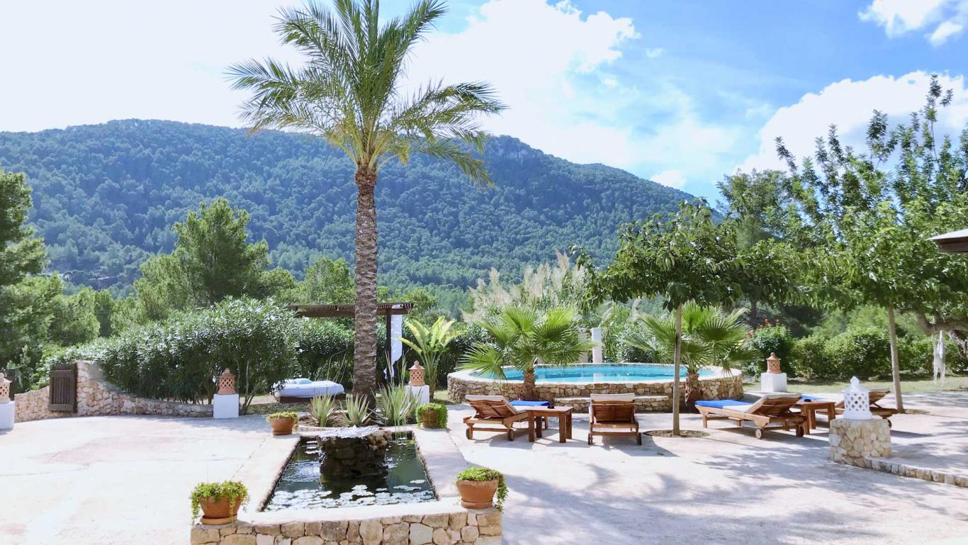 Location villa de luxe ibiza piscine priv e cala vadella for Piscine baleares