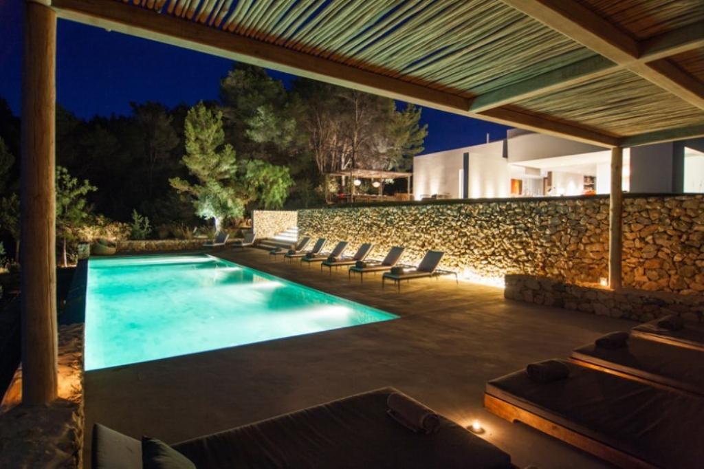 location villa de luxe ibiza piscine priv e bord de mer benirras. Black Bedroom Furniture Sets. Home Design Ideas
