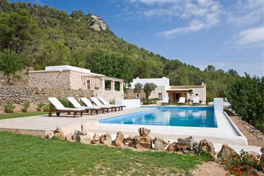 location villa ibiza piscine priv e san jose iles bal ares. Black Bedroom Furniture Sets. Home Design Ideas