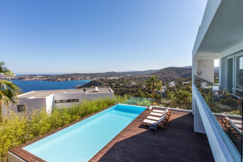 Location villa de luxe ibiza piscine priv e cala moli iles for Piscine baleares