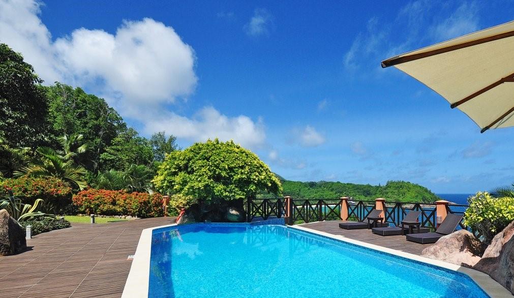 Location villa de luxe sur l 39 ile de mahe aux seychelles for Villa de jardin mahe seychelles