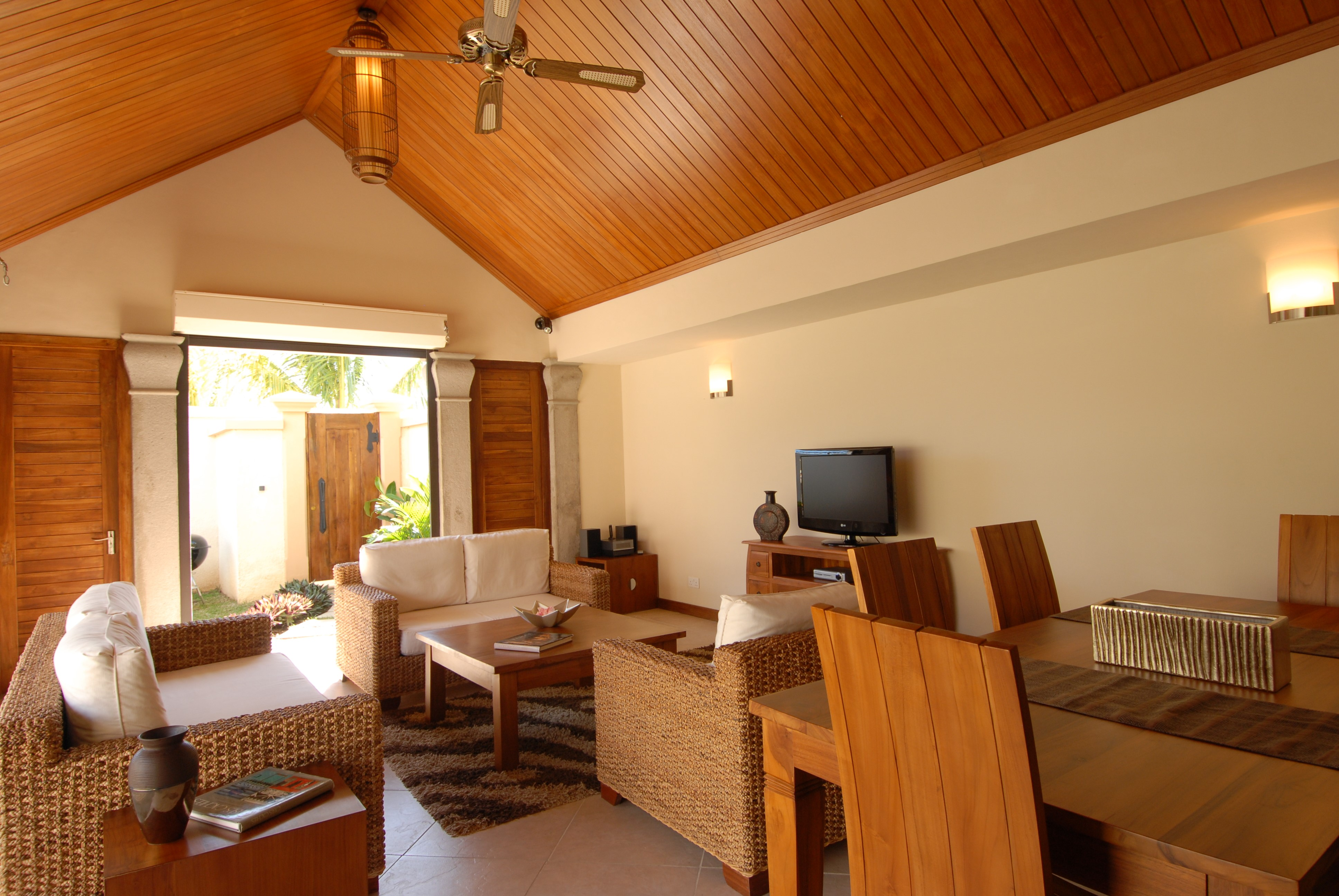 Location villa de luxe grand baie 2 pers avec piscine for Hotels de reve en france