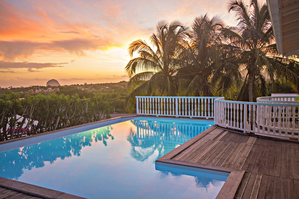 charmant Location Villa Le Diamant avec piscine privée et proche de la plage ...