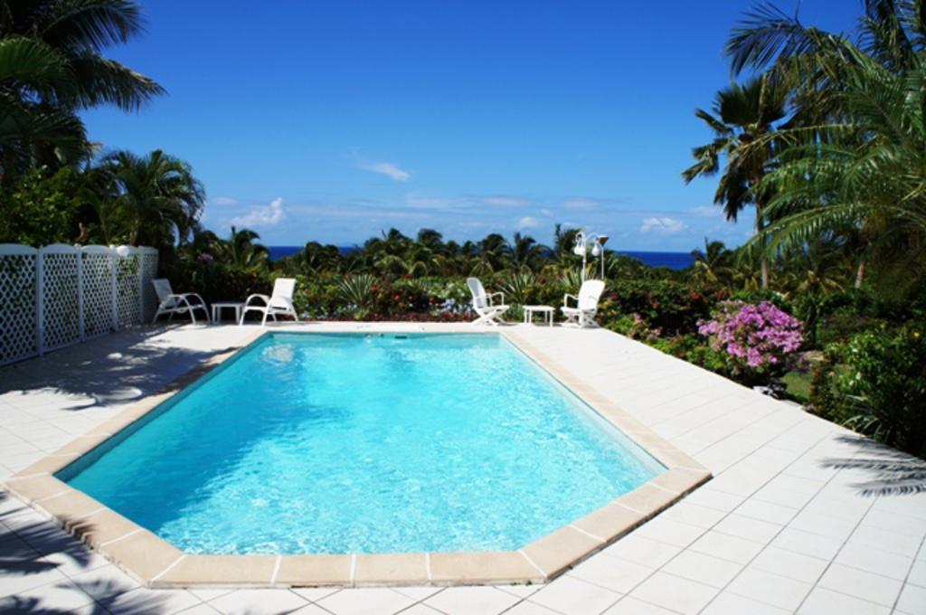 Location villa saint fran ois avec piscine privative for Piscine privative
