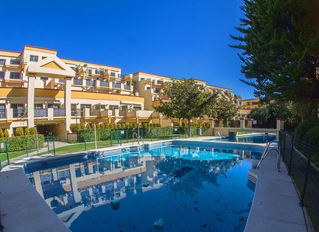 location appartement marbella piscine bord de mer malaga