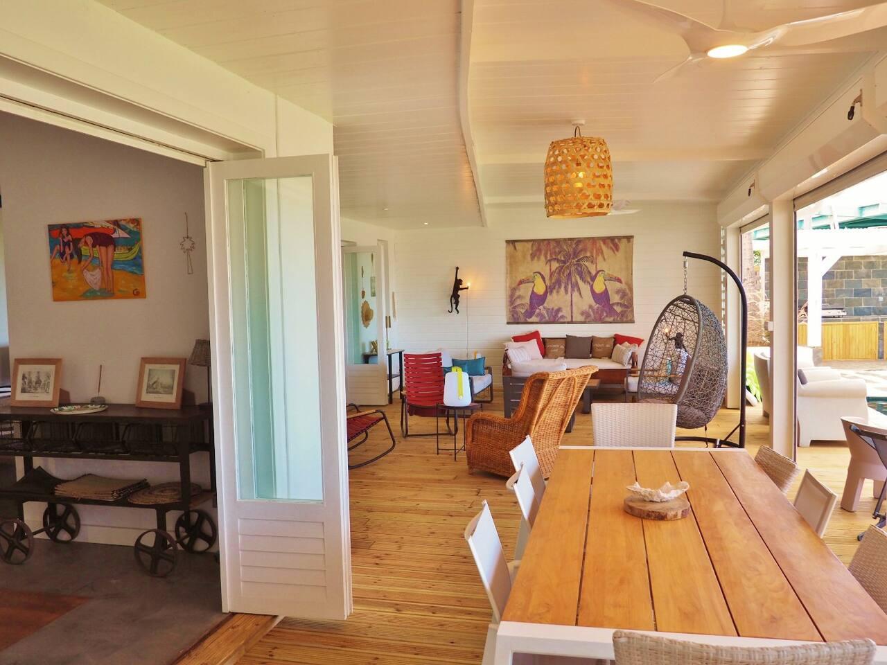 location villa saint gilles les bains face la plage de la saline. Black Bedroom Furniture Sets. Home Design Ideas