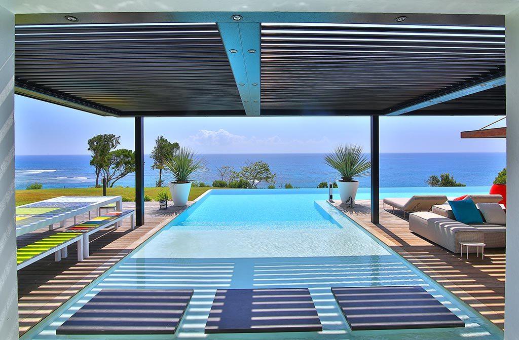 location villa guadeloupe luxe sainte anne avec piscine priv e. Black Bedroom Furniture Sets. Home Design Ideas
