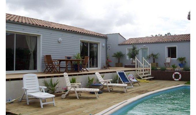 Poitou charentes royan chambres d 39 hotes chambres d 39 hotes de charme avec piscine en charente - Chambres d hotes de charme charente maritime ...