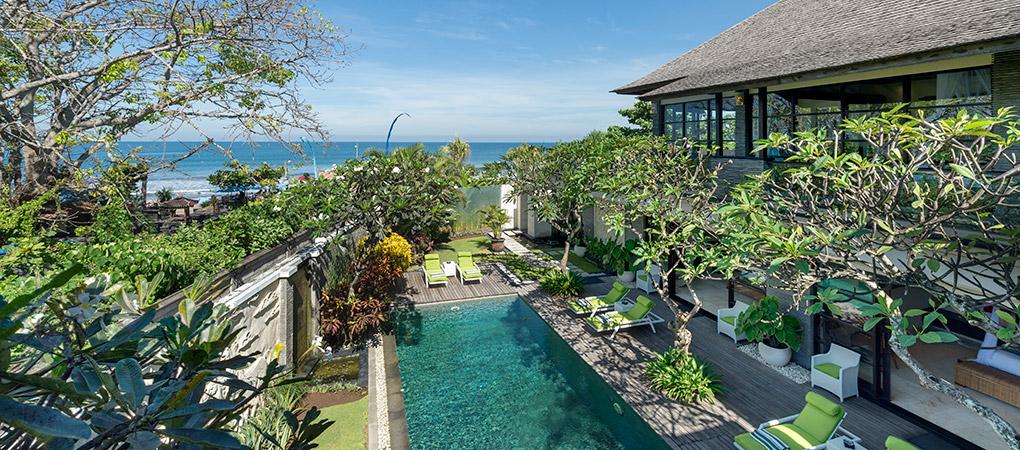 location villa de luxe en bord de mer seminyak bali